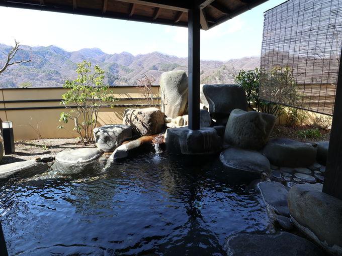 大浴場は川原湯温泉を源泉掛け流し