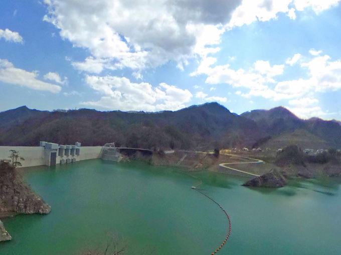 八ッ場ダムと川原湯温泉