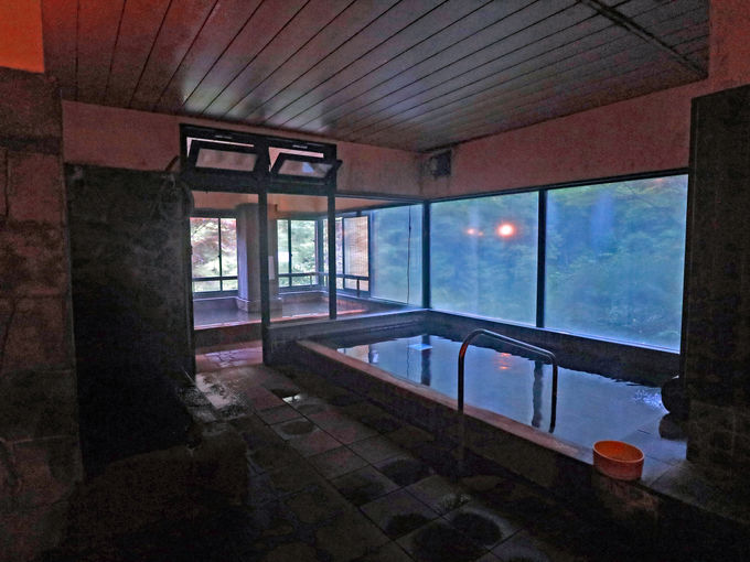 明治温泉はこんなお湯、こんなお風呂