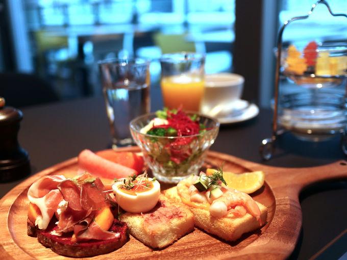 朝食のオリジナルメニューは「スモーブロー」