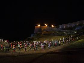 沖縄・うるま市の観光は阿麻和利伝説の勝連城跡から海の絶景へ