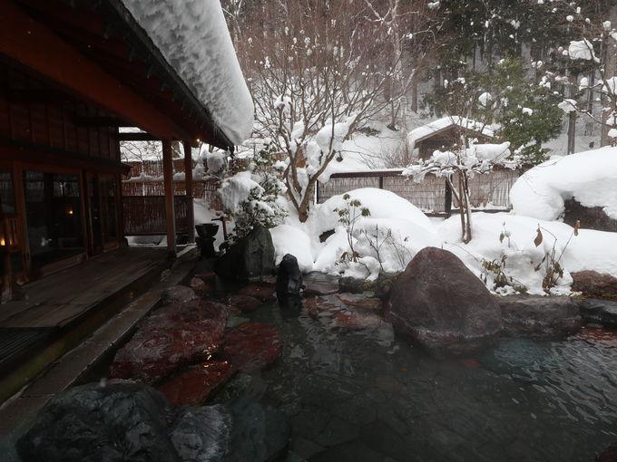 もう一つの足元湧出「長寿乃湯」露天風呂のある「玉城乃湯」