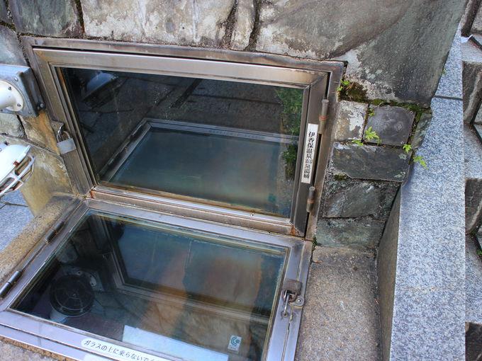 黄金の湯が流れる伊香保温泉の石段街