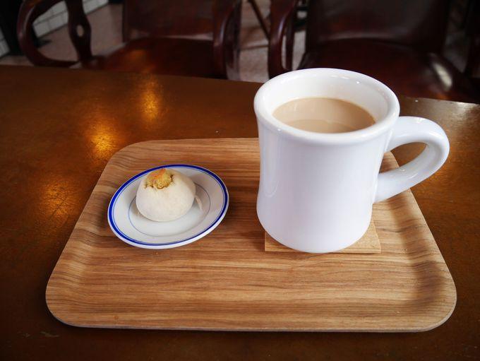 「新興大旅社」併設カフェでリラックス
