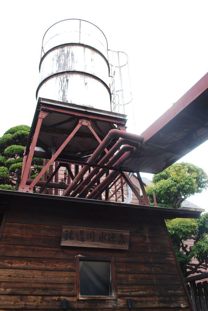 名水から生まれる名酒『七賢』の蔵開きの時期は毎年2月。