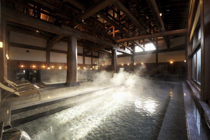 7種類の温泉に入れるハイランドリゾートのスパは日本最大級の広さ!!