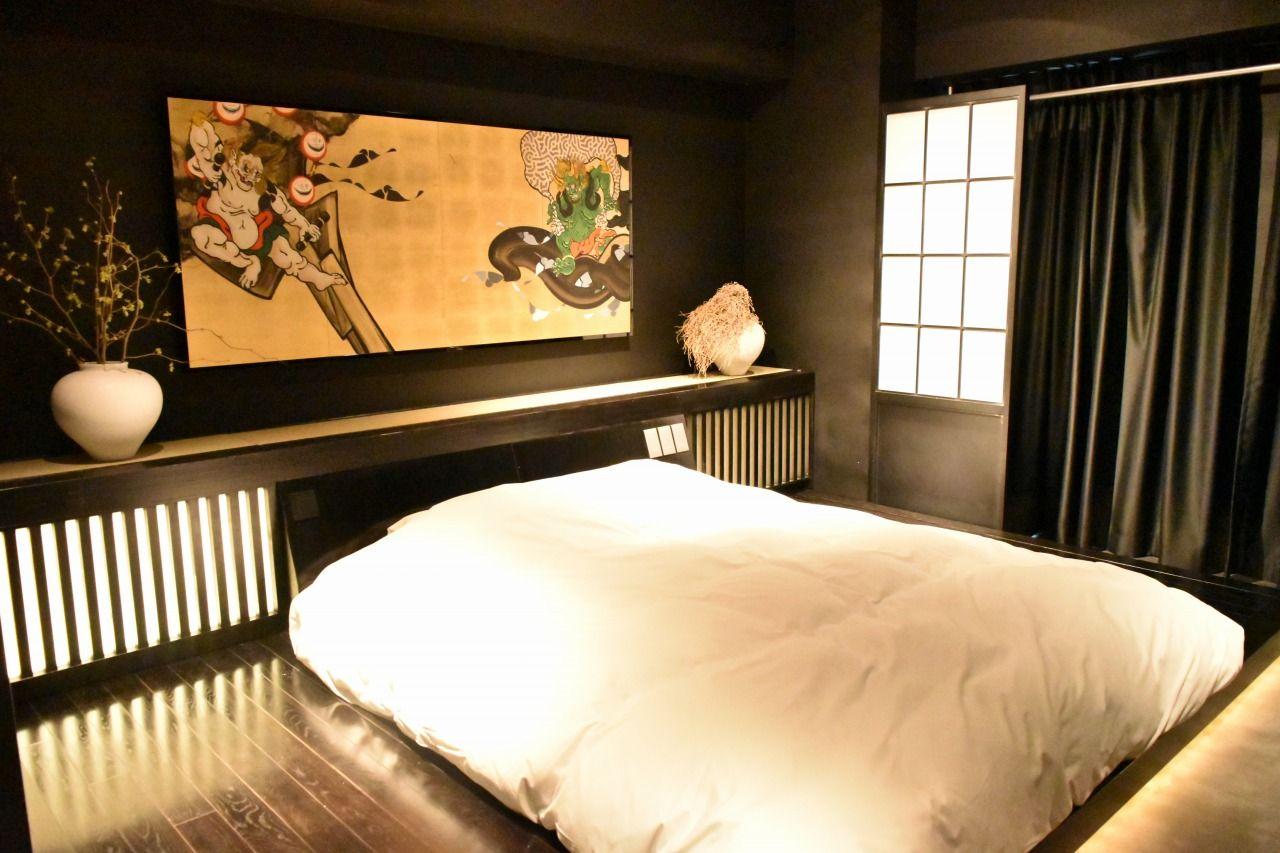 龍をテーマにした部屋はどちらも全く違う装い