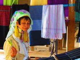 ミャンマー・タチレクの少数民族の村で首長族のカヤンに出会う旅