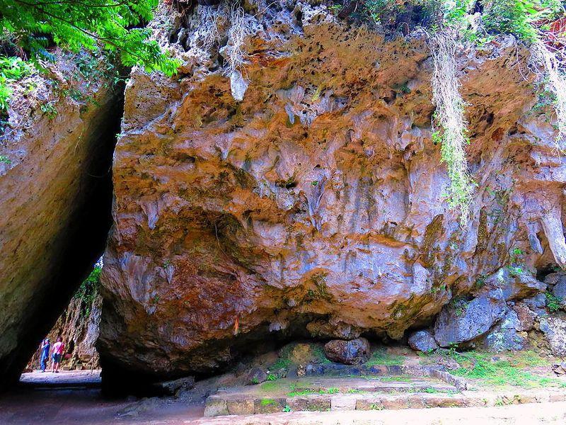 沖縄の世界遺産・斎場御嶽は琉球の最聖地で崇高なパワースポット