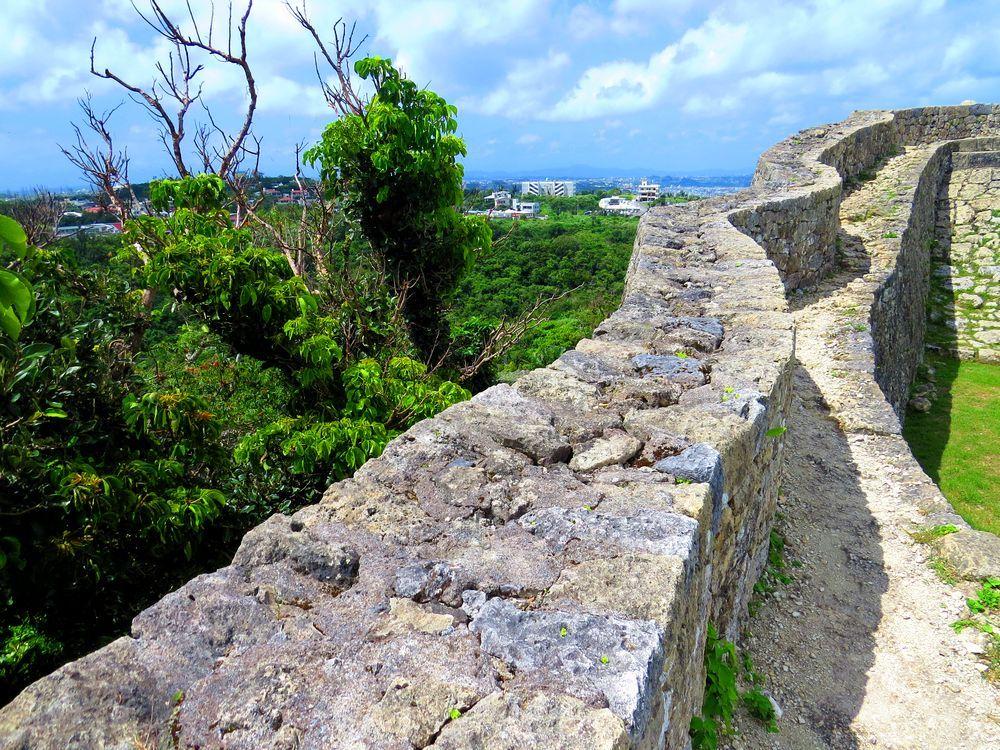 沖縄の世界遺産・中城城はあのペリーも驚嘆!最も美しいグスク観光