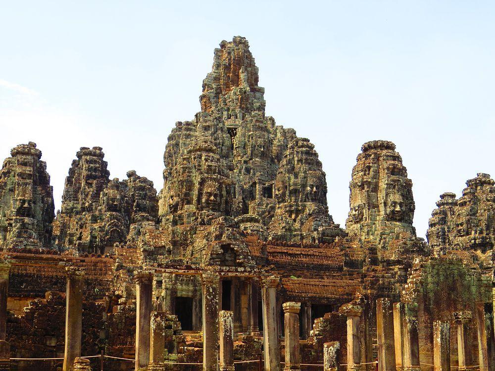 アンコール・ワット遺跡群 アンコール・トム「バイヨン寺院」の仏たち