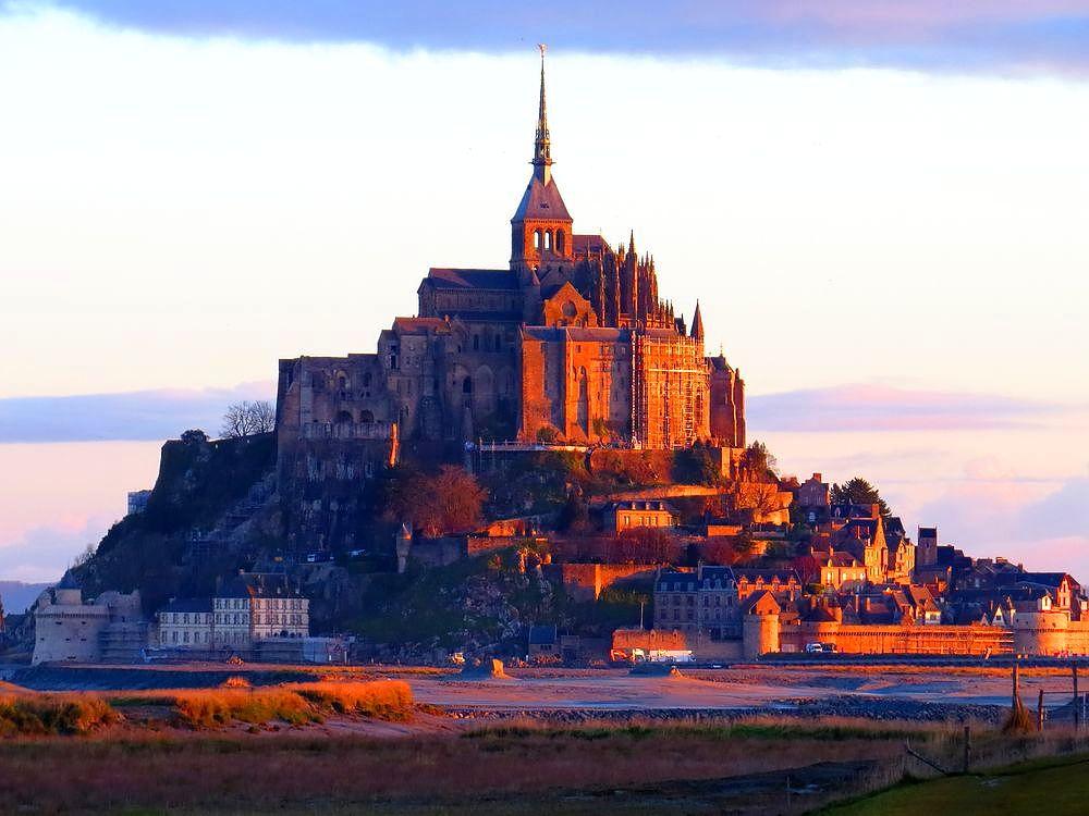 モン・サン=ミッシェル(Mont Saint-Michel)とは