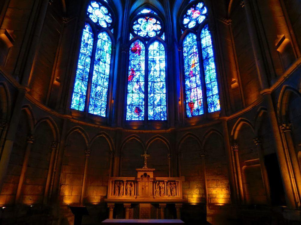 ジャンヌダルクが来たランス・ノートルダム大聖堂で必見のシャガールの傑作