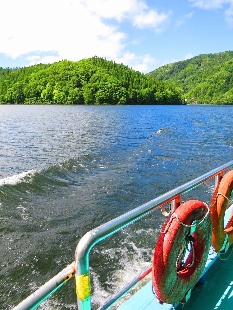 秘境の入り口「太平湖」遊覧船