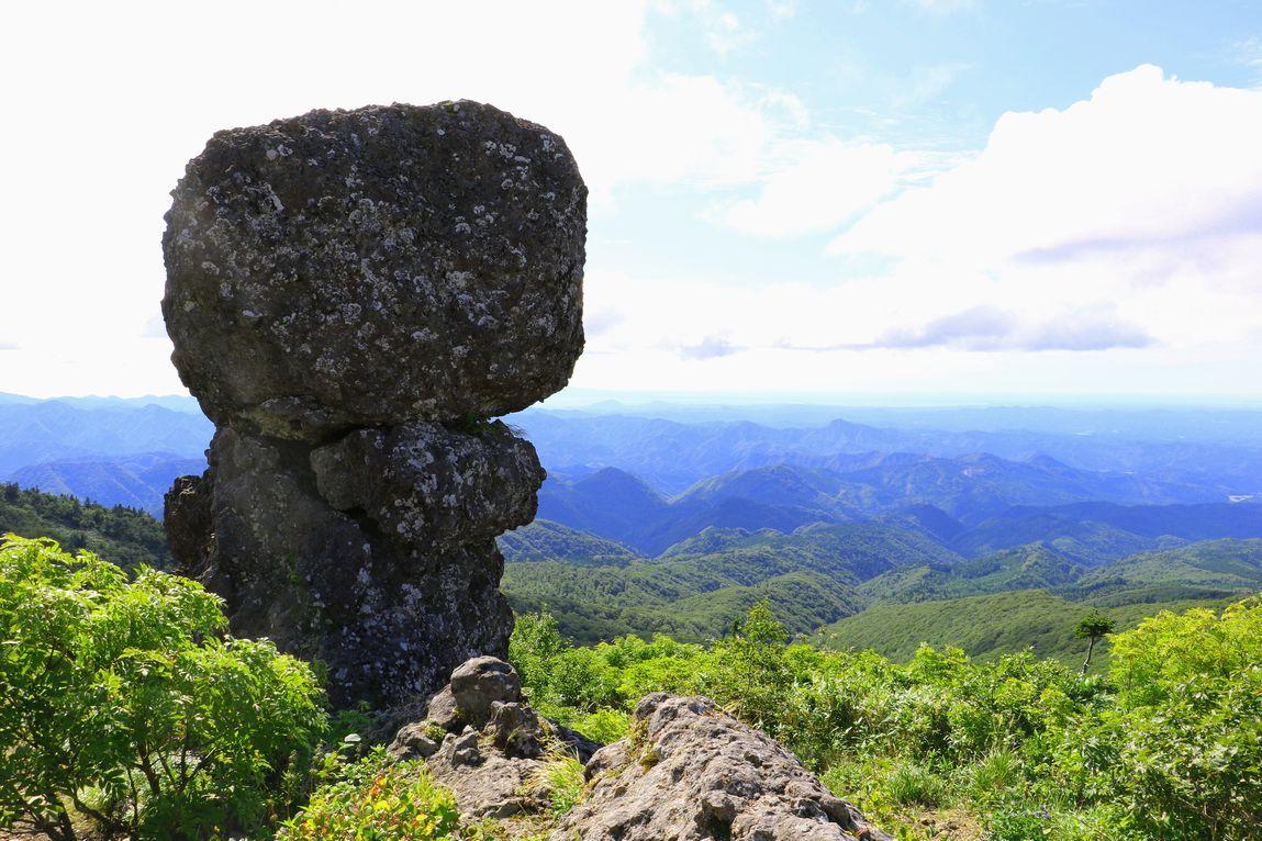 ゴンドラで登る花の百名山「森吉山」標高1454m