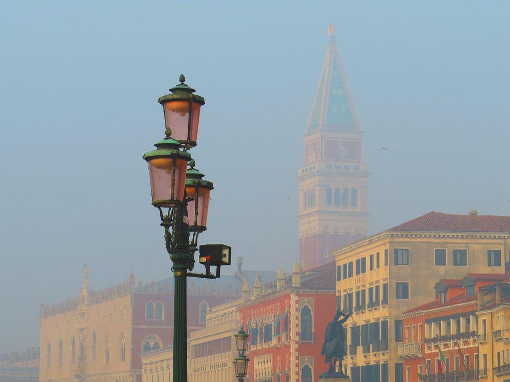 ヴェネツィアとは