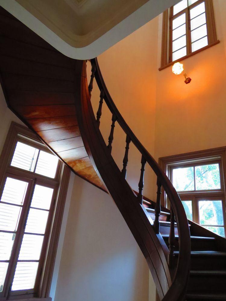 見事な「らせん階段」