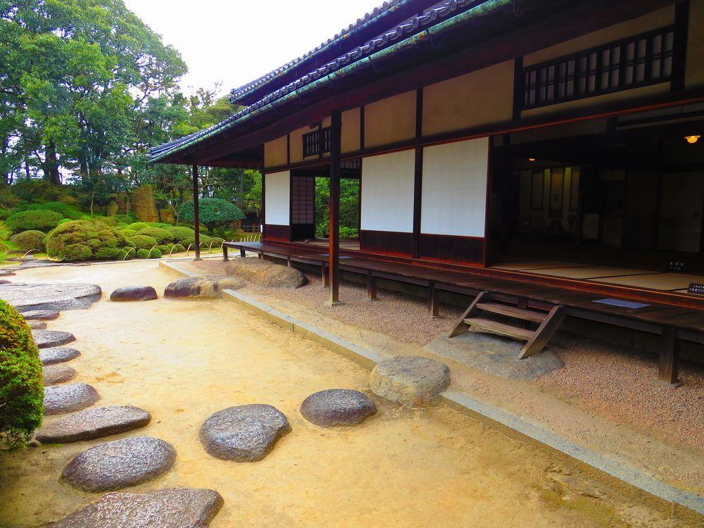 野崎武左衛門の旧宅