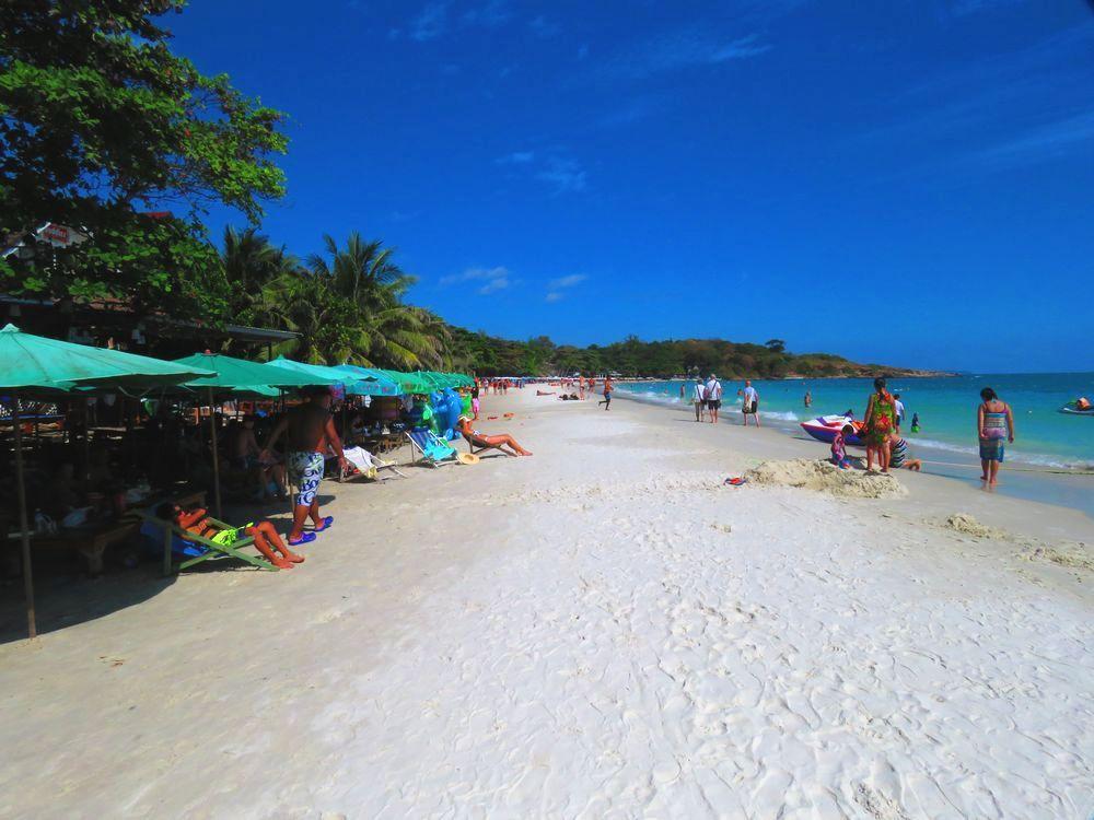 サメット島で遊ばずしてタイのビーチ観光は語れない
