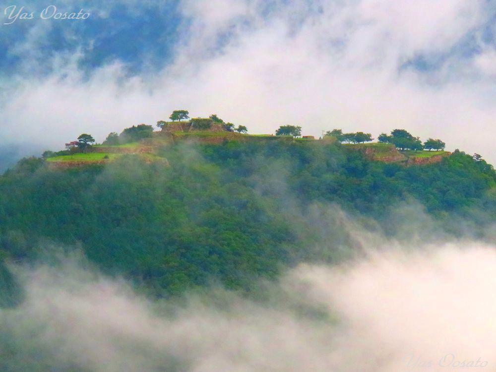 「立雲峡」からの天空の城・竹田城跡
