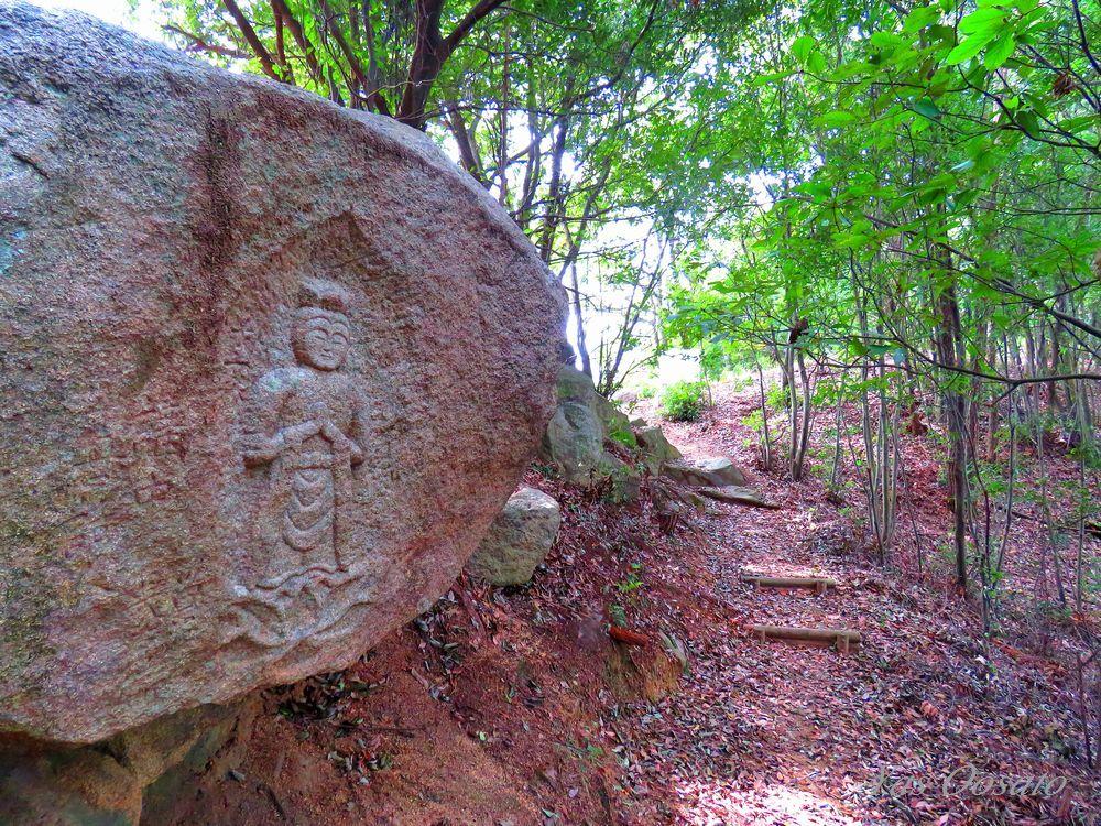「備中鴨山城跡」に登る