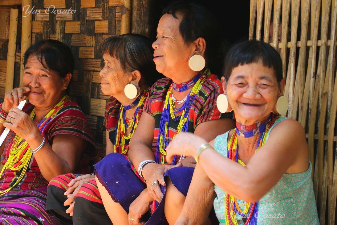 ラオス・パクセーからパースワム滝とKATOO族を訪ねよう