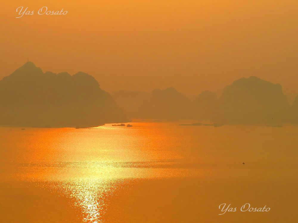 ベトナムの世界遺産・ハロン湾で鍾乳洞も巡る奇岩だけじゃない楽しみ方
