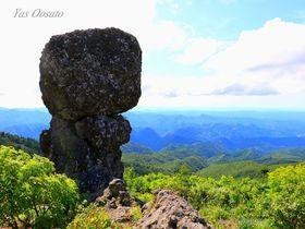 北秋田にある花の百名山「森吉山」で目指せ奇岩の「冠岩」