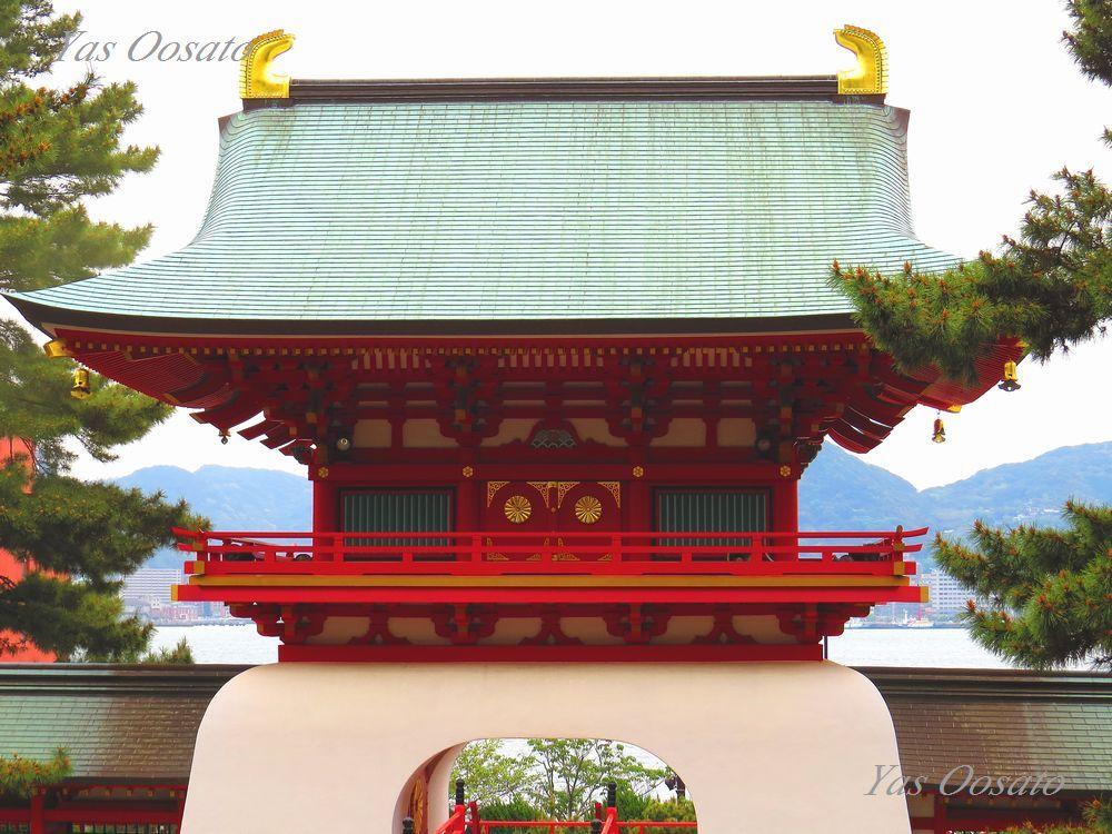 壇ノ浦に散った平家を祀る「赤間神宮」