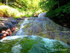 手軽で楽しい沢登り!知床観光で穴場のカムイワッカ湯の滝