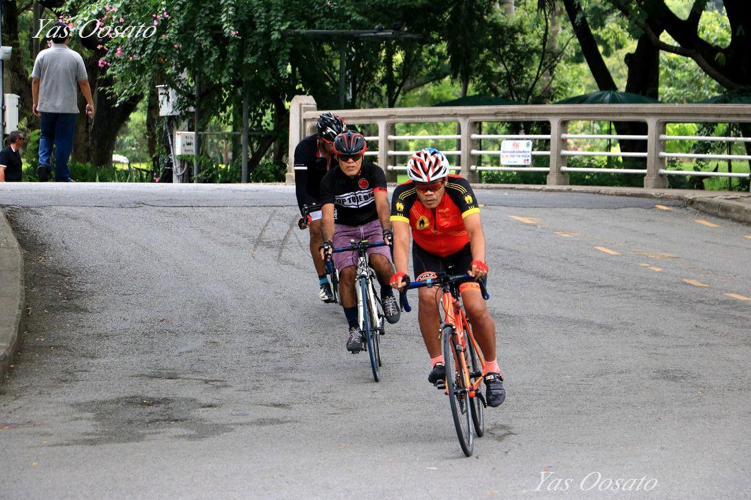 緑豊かなルンピニ公園は憩いと運動と観光の場