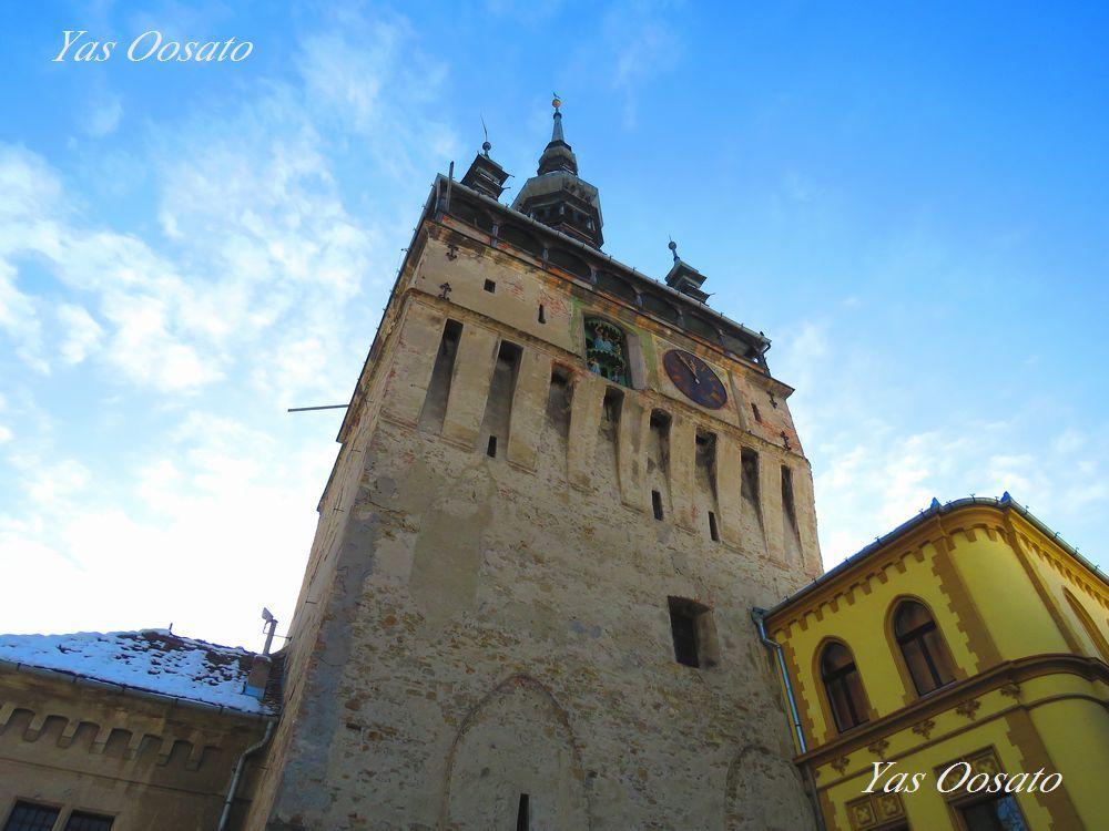 町のシンボル「時計塔」