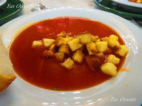 ドラキュラの生家で赤い料理も!ルーマニアの世界遺産シギショアラ