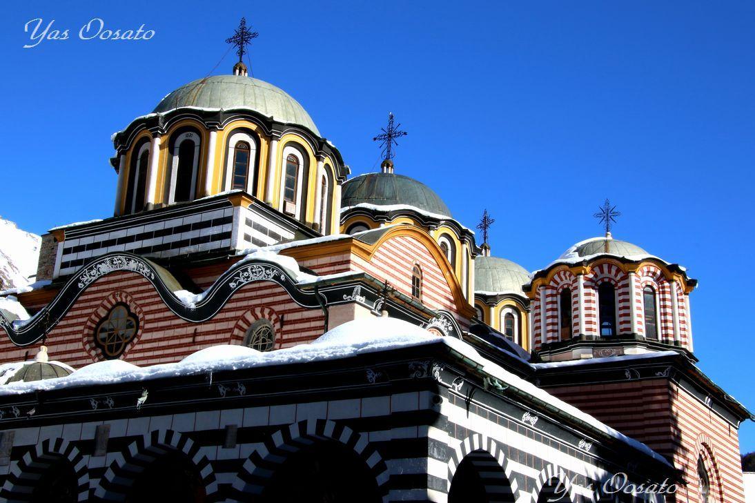 リラ修道院の歴史と外観の魅力