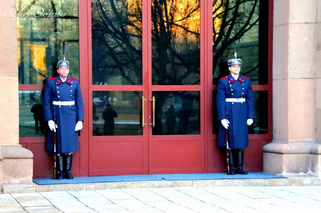 10時からは大統領官邸の衛兵交代式
