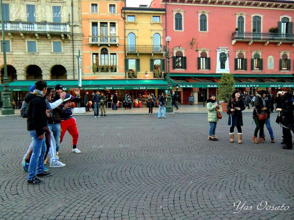 散策が楽しいブラ広場