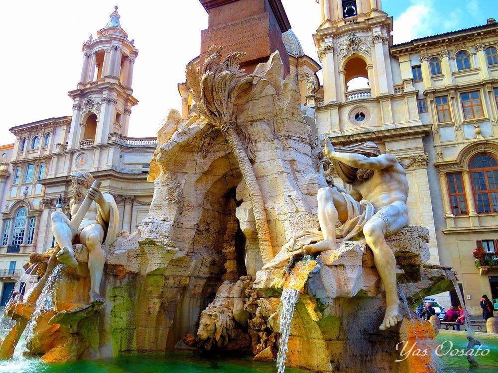 ローマ観光で必見!パンテオン神殿とナヴォーナ広場の魅力