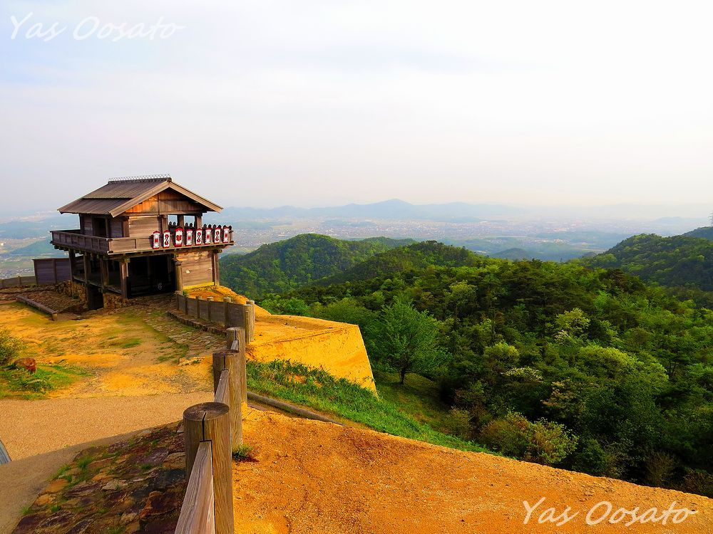 桃太郎伝説の日本遺産・岡山総社「鬼ノ城」で絶景と古代遺跡巡り