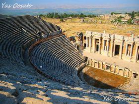 トルコ・ヒエラポリス-パムッカレで必見の温泉と古代ローマ円形劇場