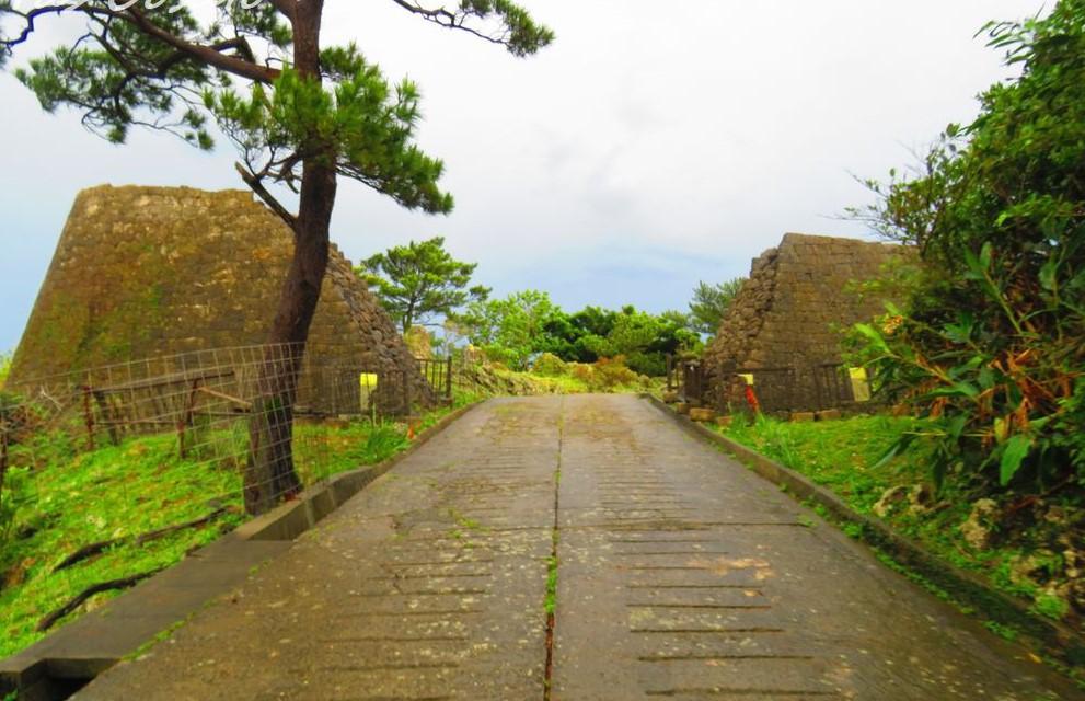 浦添城は琉球王朝時代の城