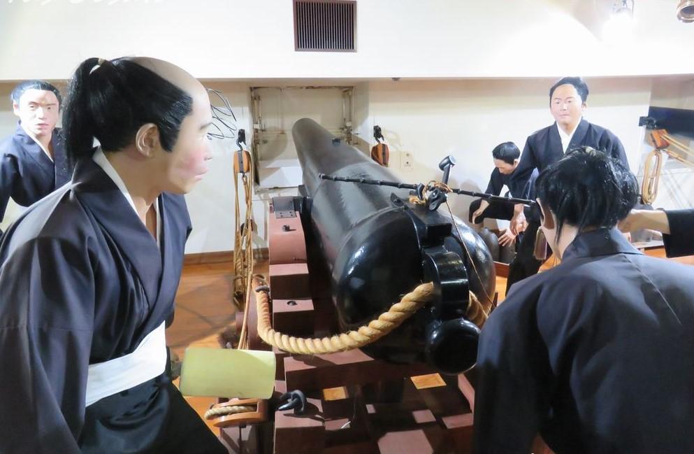 北海道江差町観光「開陽丸記念館」再現軍艦と本物の遺物展示