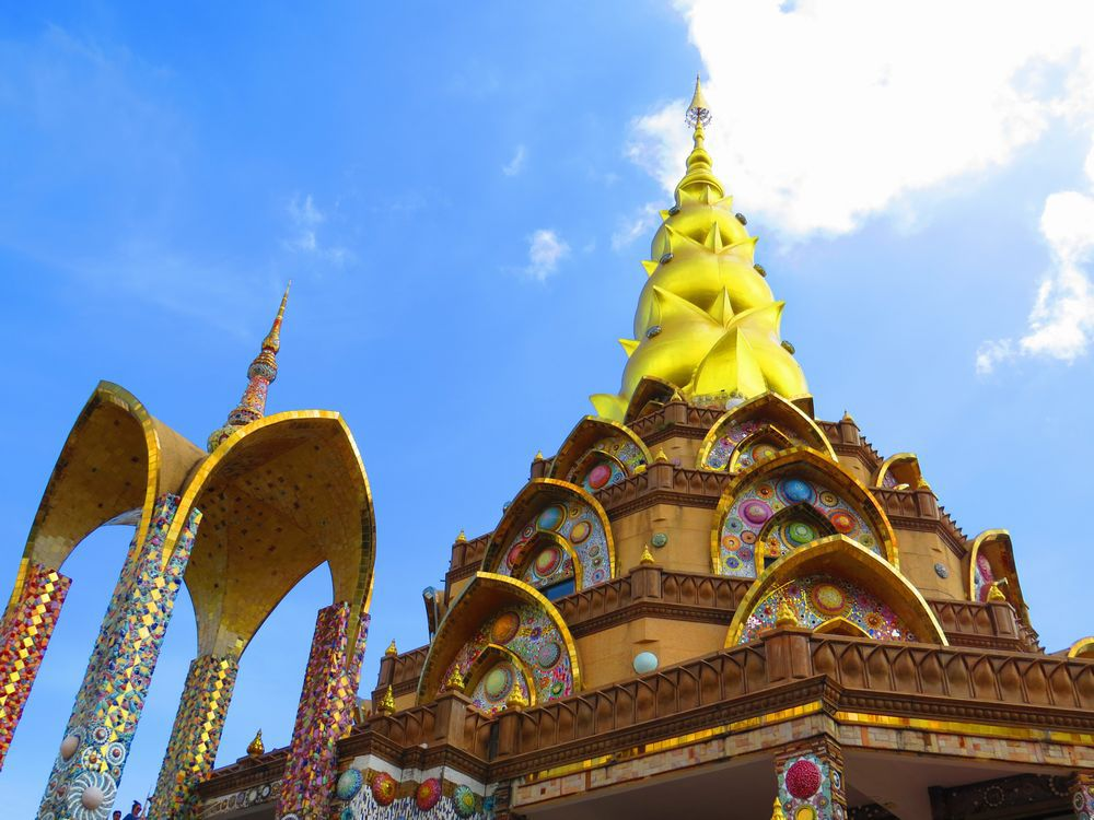 輝く黄金寺院