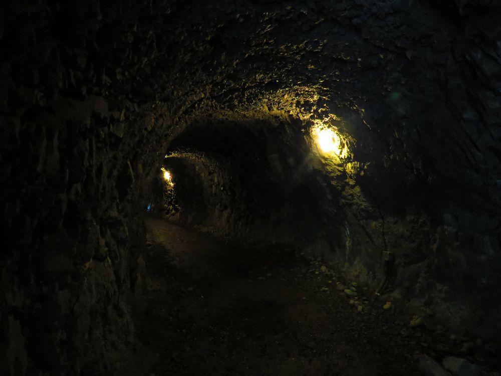鬼が住んだ?「帝釈の岩屋」とトンネル。そして「誓願寺」