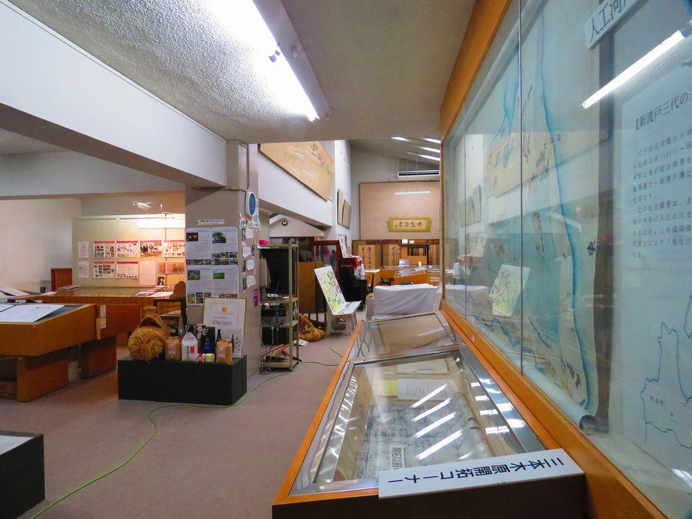新渡戸記念館の一階は、三本木原開拓資料室