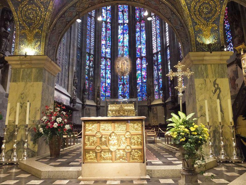 アーヘンのおすすめ観光スポット6選 大聖堂や温泉に魅了されよう!
