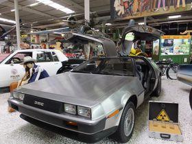乗り物好きにはたまらない種類の多さ!ドイツ「ジンスハイム自動車・技術博物館」あのデロリアンもここに!