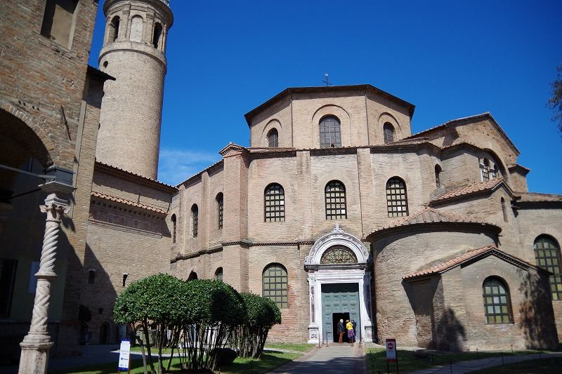 ビザンチン美術の傑作が集まる「サン・ヴィターレ聖堂」