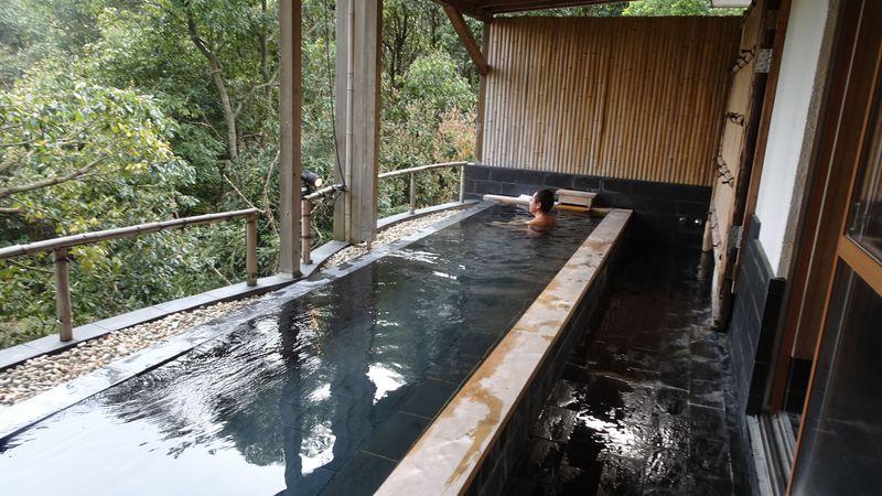 1日限定6室!伊豆高原の閑静な高級別荘地にある旅館「伊豆のうみ」で自然と一体になる