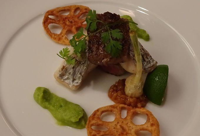 海の見えるレストランでの夕食は四種類から選べる会席料理