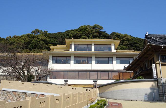 下関の迎賓館「春帆楼」は関門海峡を見降ろす歴史ある旅館